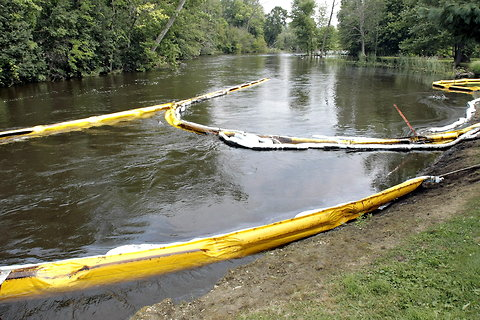 Kalamazoo River Spill